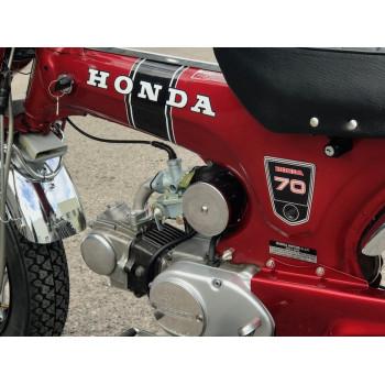 Honda Dax ST70 6v Rouge Candy de 1969 à vendre